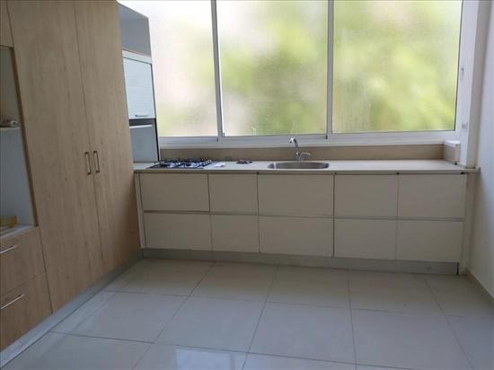 דירה למכירה 3.5 חדרים בחדרה מרכז העיר
