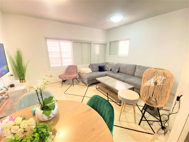 דירה למכירה 4 חדרים בפתח תקווה שפירא