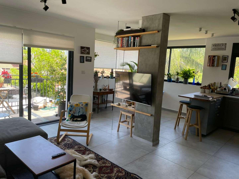 דירה למכירה 4 חדרים בהרצליה אלחריזי
