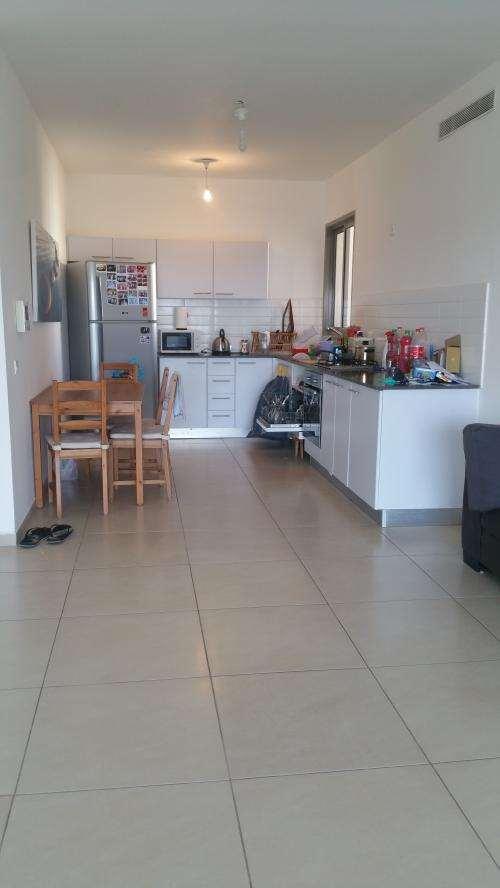 דירה למכירה 4 חדרים בחדרה דניה