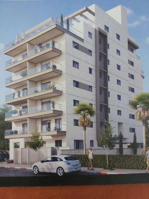 דירה למכירה 4 חדרים בחדרה מרכז העיר