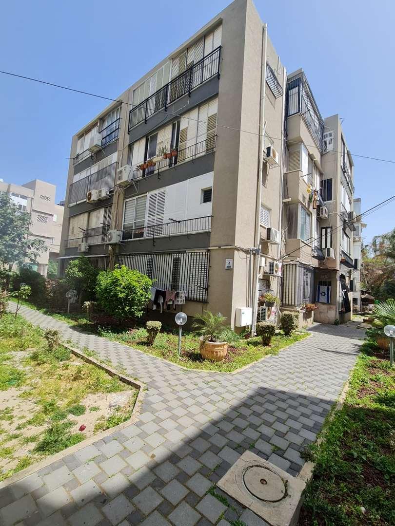 דירה למכירה 2 חדרים בבת ים בלפור