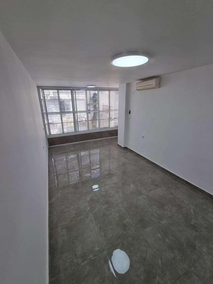 דירה למכירה 2 חדרים בבת ים פנקס