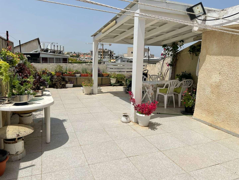 דירת גג למכירה 3 חדרים בהרצליה מוהליבר