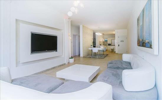דירה למכירה 5 חדרים בהרצליה וייצמן ויצמן