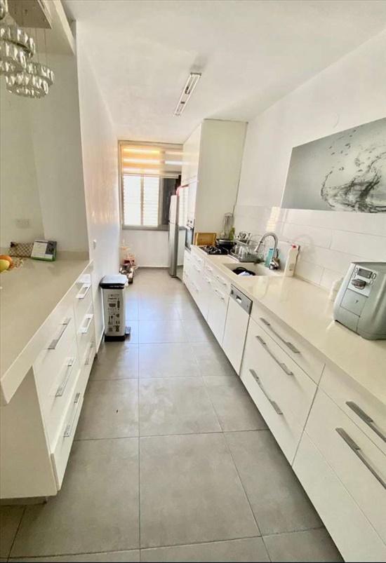 דירה למכירה 3 חדרים בבת ים בית וגן ירושלים