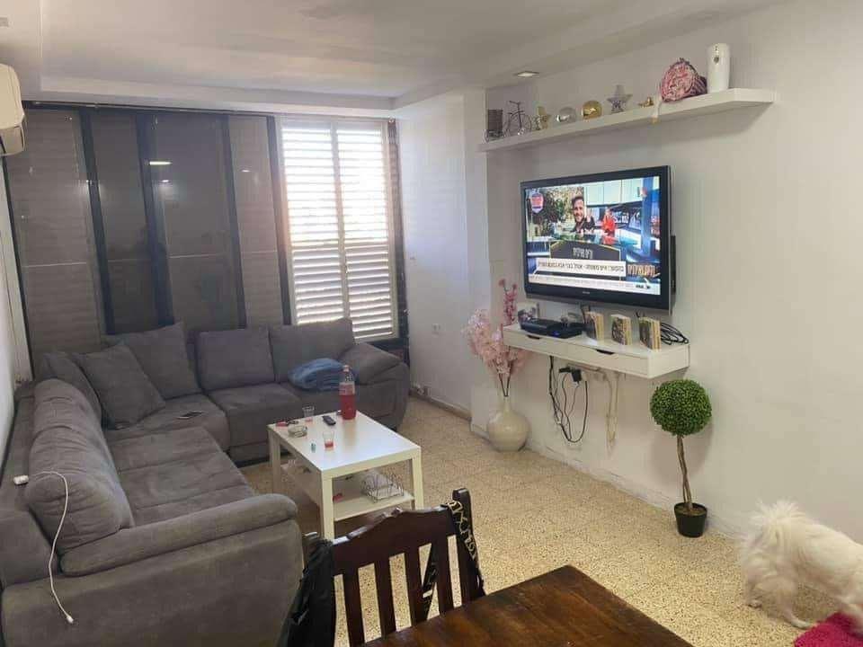 דירה למכירה 2.5 חדרים בבת ים רימון