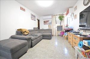 דירה למכירה 3 חדרים בחולון אילת