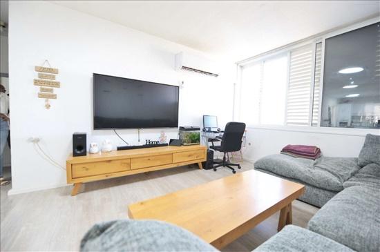 דירה למכירה 3 חדרים בקרית אונו האורן