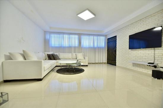 דירת גן למכירה 3 חדרים בתל אביב יפו צהלון הרבי מויטבסק
