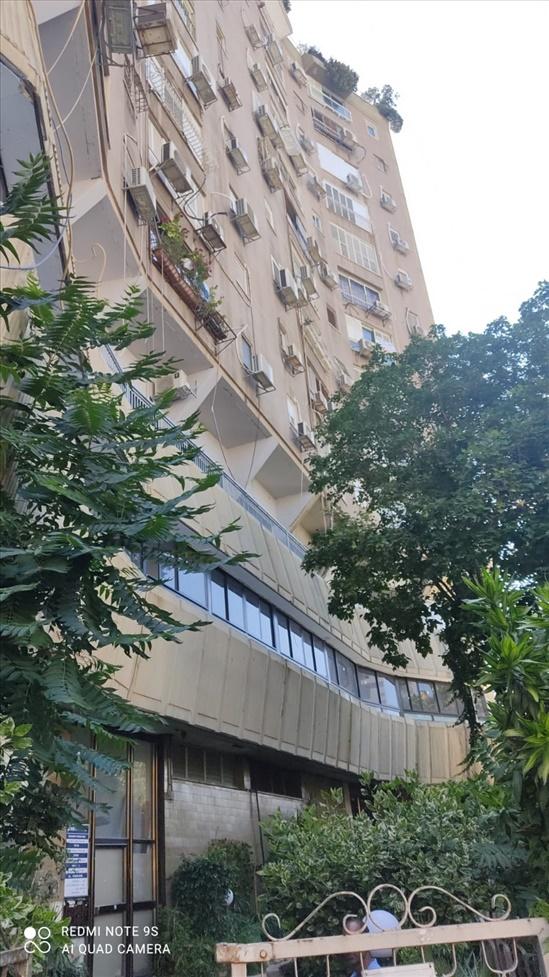 דירה למכירה 4.5 חדרים ברמת גן מרכז הרצל