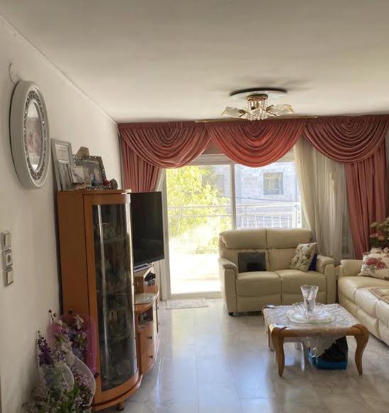 דירה למכירה 4 חדרים בירושלים ארנונה עין גדי