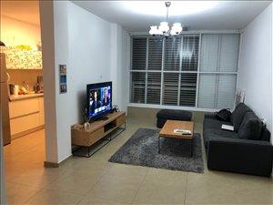 דירה למכירה 3.5 חדרים בבת ים עגנון