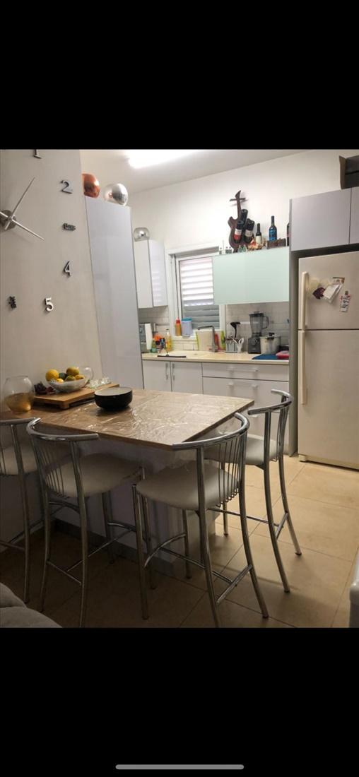 דירה למכירה 4 חדרים בבת ים בית וגן רימון