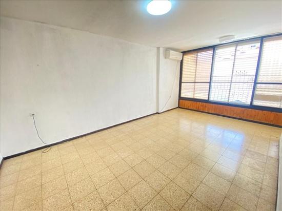 דירה למכירה 3 חדרים בפתח תקווה מרכז סביון