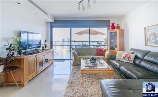 דירה למכירה 5 חדרים בגבעת שמואל רמת הדר הזיתים