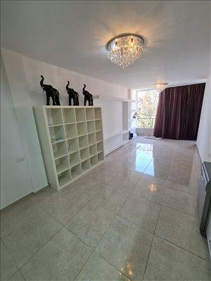 דירה למכירה 2 חדרים בבת ים יחזקאל דנין