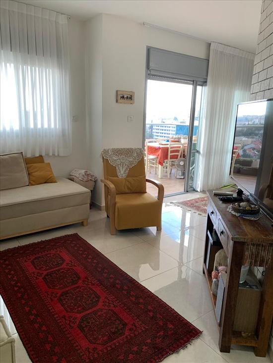 דירה למכירה 5 חדרים ברחובות אפרים- שיכון וותיקים גרשון דובנבוים 8