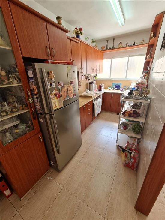 דירה למכירה 2 חדרים בבת ים שיכון ותיקים החשמונאים