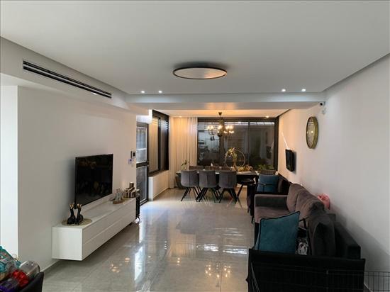דירת גן למכירה 5 חדרים בקרית עקרון שאר העיר הנרקיס 11