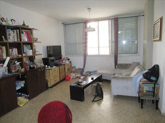 דירה למכירה 4 חדרים בגבעתיים גבעת רמב``ם אילת