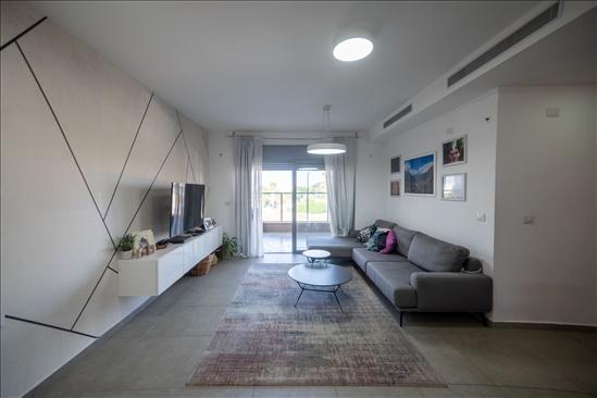 דירה למכירה 4 חדרים ברחובות רחובות הצעירה זבולון גרז 10
