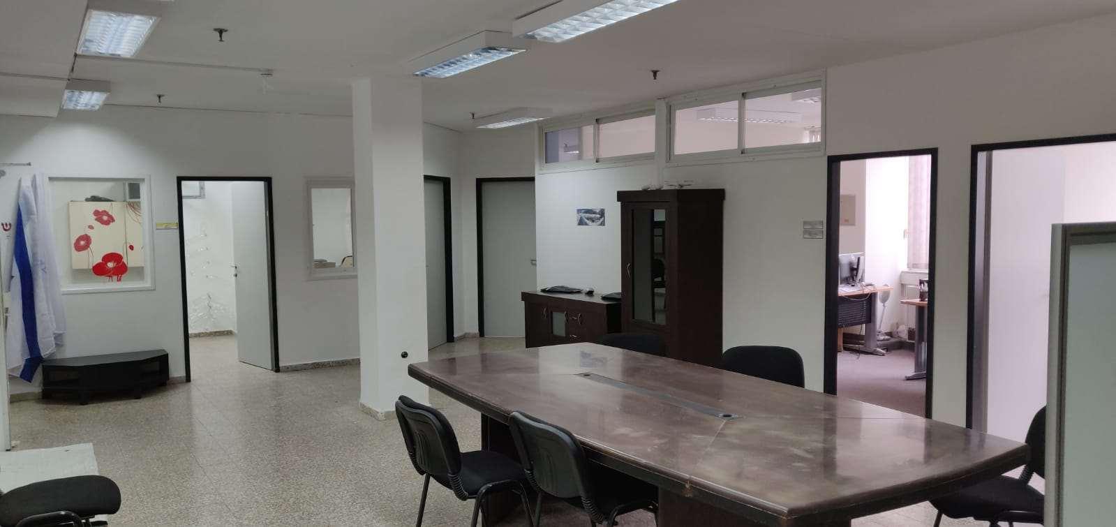 משרדים להשכרה, קומבה, חדרה