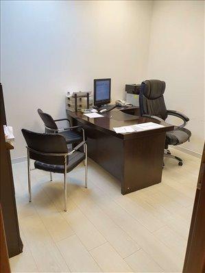 משרדים להשכרה, משה לוי, ראשון לציון
