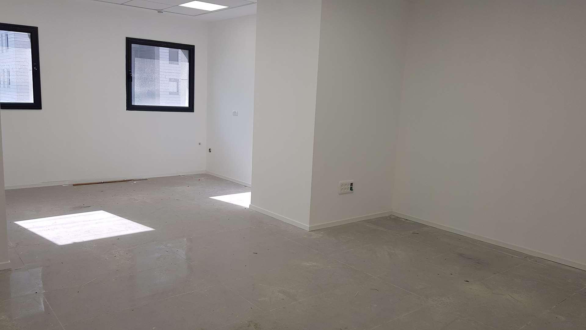 משרדים להשכרה,  אחד העם 9, חדרה