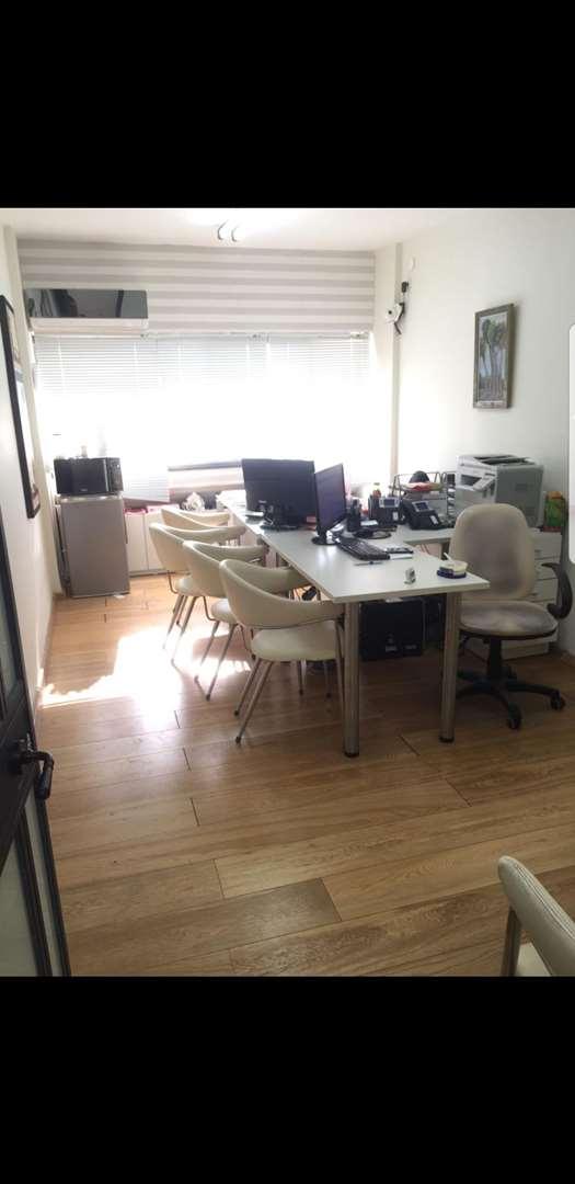משרדים להשכרה, הרברט סמואל, חדרה