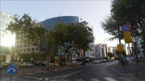משרדים השכרה בתל אביב -יפו  רמת החייל  משרדים להשכרה 4000 מר +חניות בניין בוטיק עצמאי