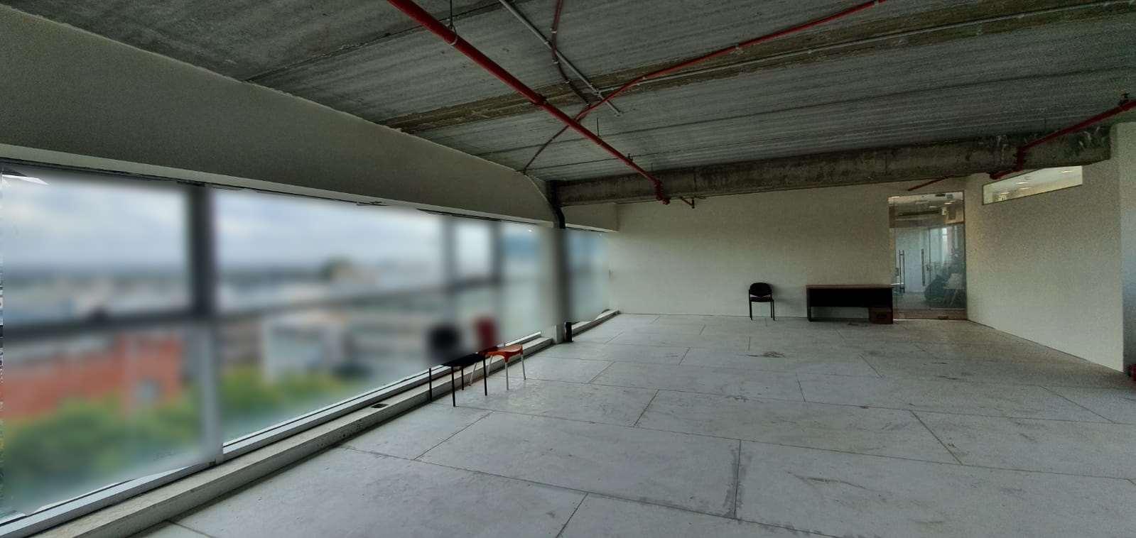 משרדים השכרה בכפר סבא חלל משרדי עם נוף ומרפסת כ 140 מר