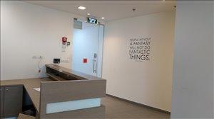 משרדים השכרה בתל אביב יפו הברזל  משרד מואר 370 מר