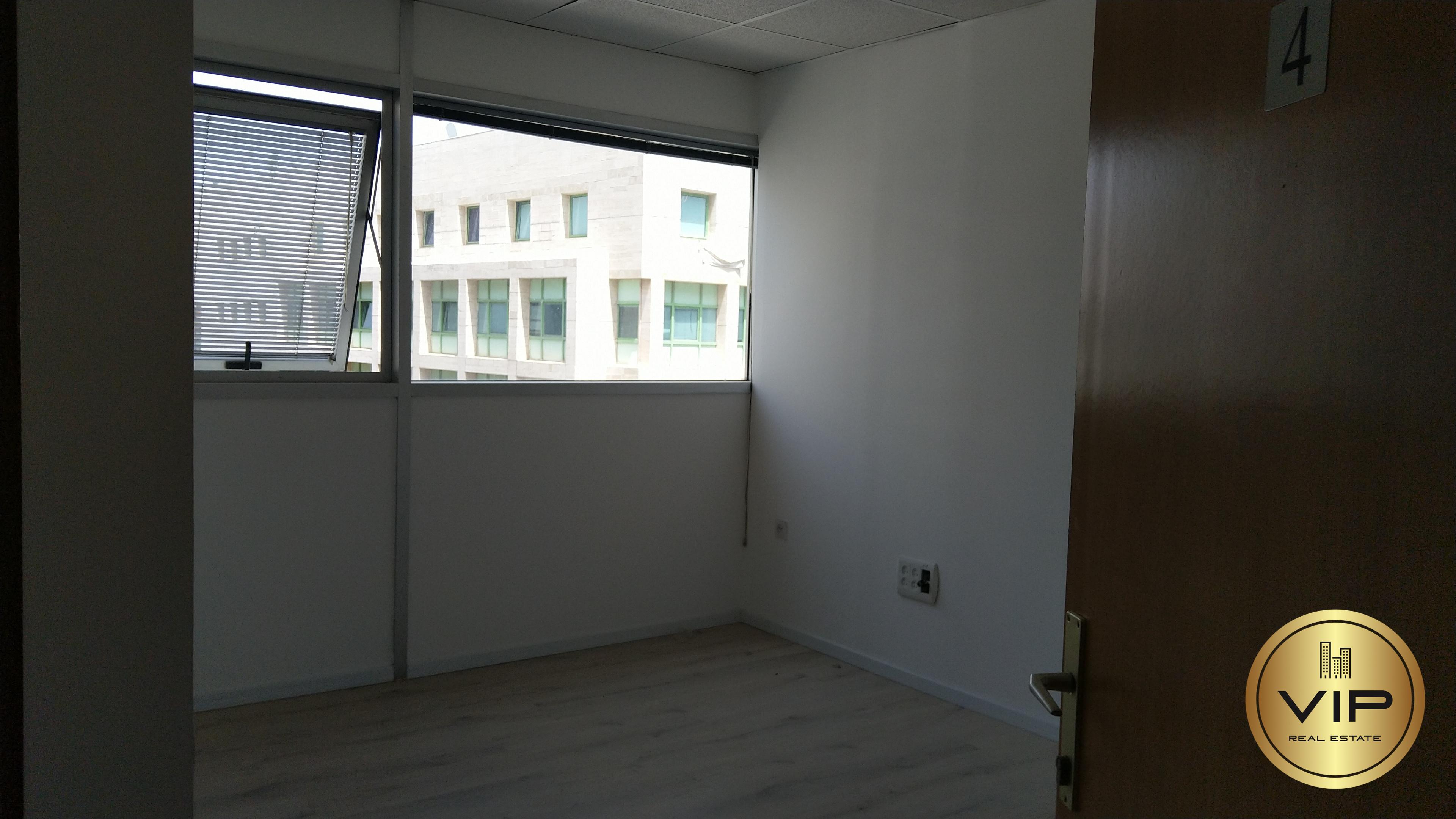 תמונה 3 ,משרדים להשכרה משרדים להשכרה בצפון תל אביב ,רחוב הברזל 125 מר משרד מואר  רמת החייל תל אביב יפו
