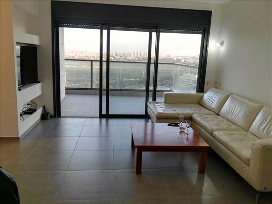 דירה לשותפים 4 חדרים בתל אביב  בית אל