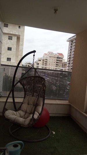 דירה לשותפים 4 חדרים בכפר סבא נעמי שמר 2