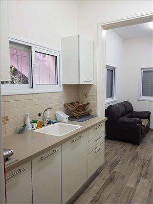 דירה לשותפים 4 חדרים בחולון ארלוזורוב