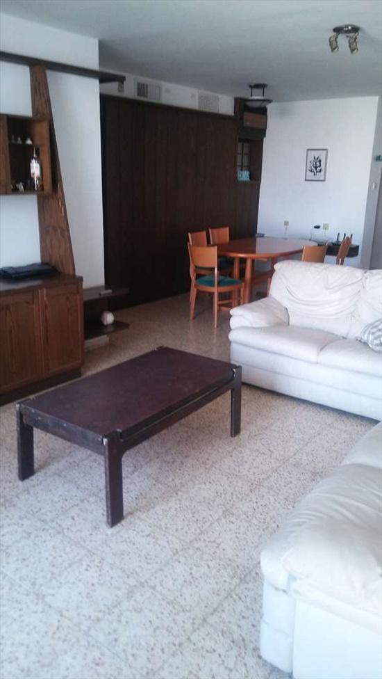 דירה לשותפים 4.5 חדרים בחולון קדושי קהיר 38