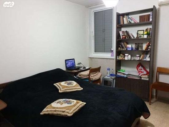 דירה לשותפים 3 חדרים בבת ים הורדים