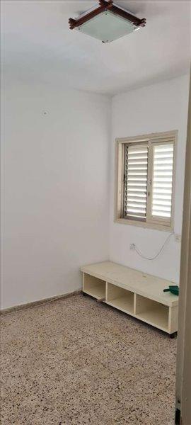 דירה לשותפים 1 חדרים ברמת השרון סוקולוב