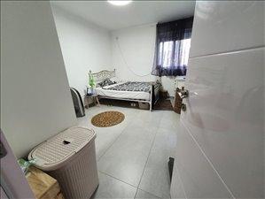 דירה לשותפים 4 חדרים בקרית יובל  גואטמלה 17