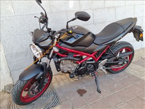 סוזוקי SV650A