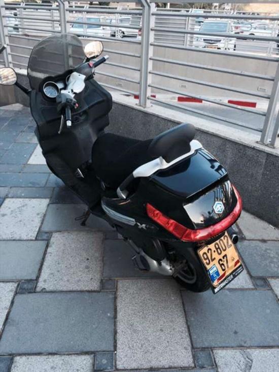 פיאג`ו X-EVO 250 2008 יד  3