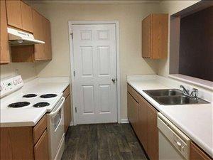 דירה להשכרה 3 חדרים ב Lihtonia