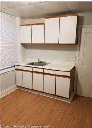 בית פרטי להשכרה 5 חדרים ב Frankford