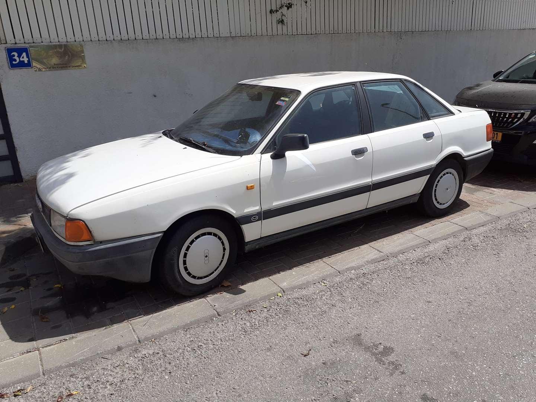 אאודי 80 1990 יד2