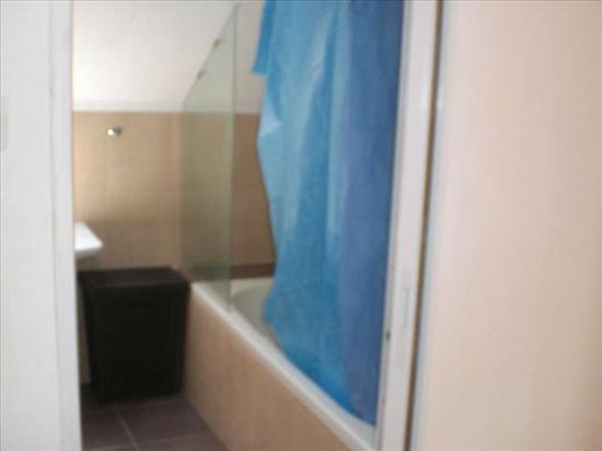 חדר אמבטיה ושרוים