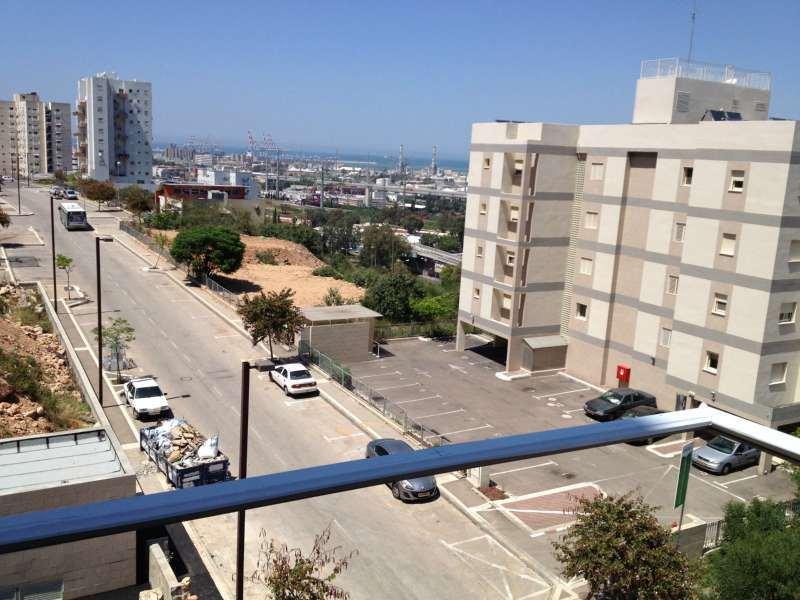 בנפט דירה להשכרה 4 חדרים בנווה גנים חיפה, נווה גנים חיפה והסביבה | הומלס ZT-04