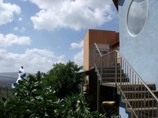 יחידת דיור להשכרה 3 חדרים באשחר גלבוע