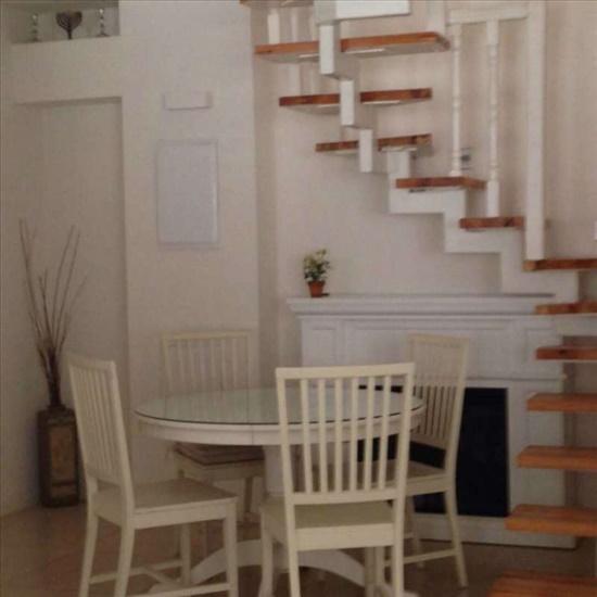 דירת גן להשכרה 4 חדרים בתל אביב יפו עמוס הצפון הישן